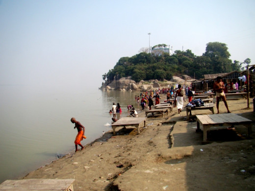 The bathing ghat at Sultangunj Ganga