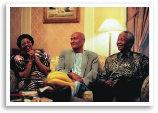 Nelson Mandela, First Lady Graca, and Sri Chinmoy