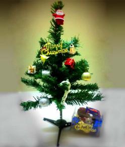 Precautions for artificial Christmas Trees | Christmas Tree Decoration and Precaution