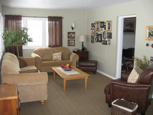 Very similar to Mrs M. Front room