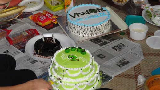 Cakes in the VIVAFIT - during an entertaining picnic.