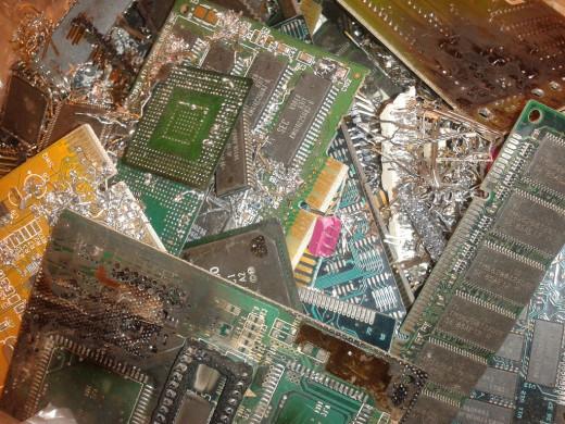 Computer parts containing precious metals