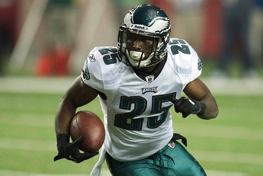 Eagles running back Lesean McCoy wants to put the offense on his back this week