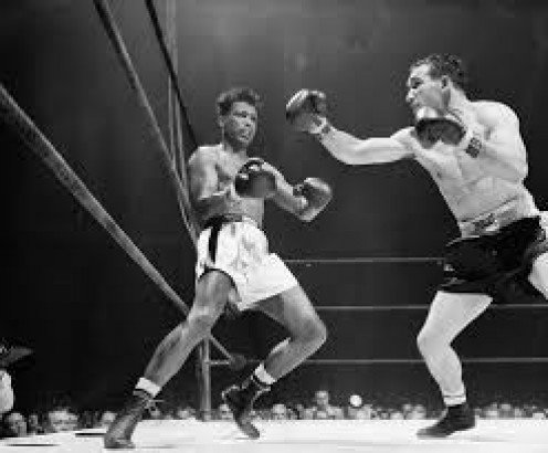 Gene Fullmer and Sugar Ray Robinson traded the middleweight championship during the 1950's.