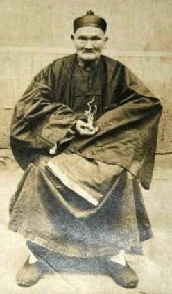 Li Ching-Yuen, the man who lived to be 256 after consuming Fo-Ti Root on a daily basis