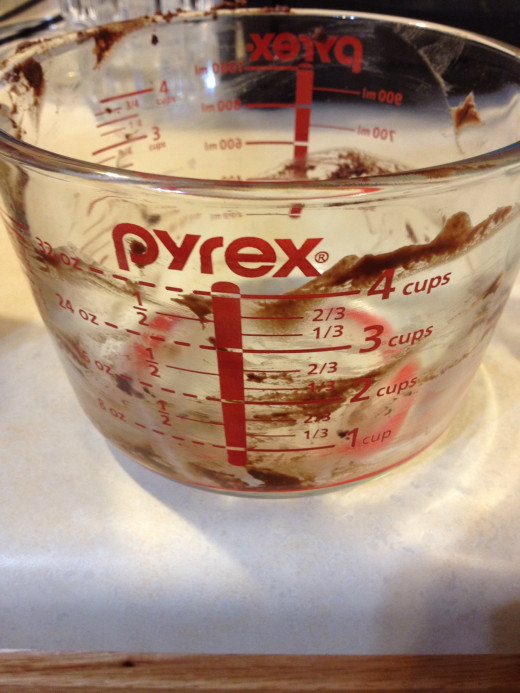 Love using my pyrex for melting chocolates, nothing sticks to it and it is so easy to clean.