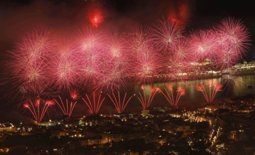 In Portugal: A beautiful scenes of firework lights up the sky of portugal with