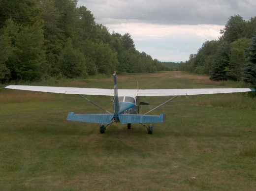 Cessna 172 on grass strip