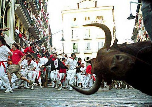http://www.gungeralv.org/notes/archives/images/000472.running-bulls