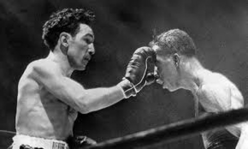 Willie Pep beat Sandy Saddler in their second bout to regain the Featherweight championship.