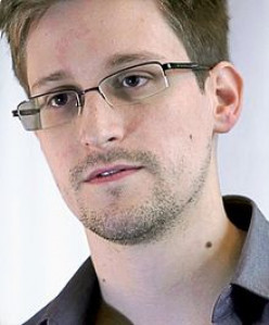 EDWARD SNOWDEN - TRAITOR OR PATRIOT?