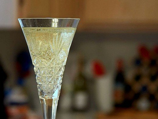 Bubbles are what makes Champagne very special. Learn all about wine bubbles here.