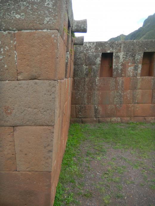 Inca masonary