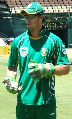 Top 10 Batsmen in International Test Cricket in 2013