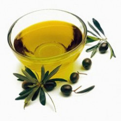 What Makes Herbal Oils the Best Hair Loss Cure Treatment?