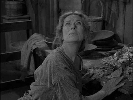 "Agnes Moorehead as ""Woman"""
