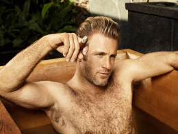 Scott Caan has Otter Like Features