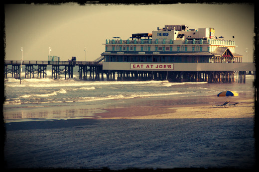 Eat at Joes, Daytona Boardwalk. Photography by Brandon Gurr