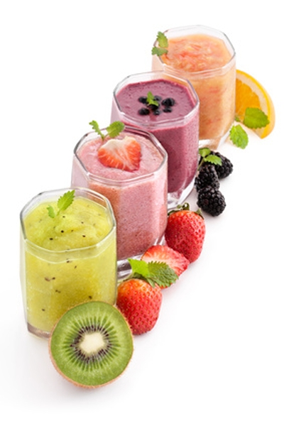Link has list of smoothies with calorie and nutrition values.