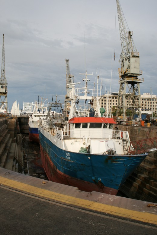 The dry dock in the Alfred Basin