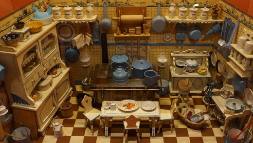 Dollhouses are amazing. There is so much detail put into them.