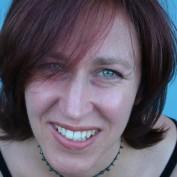 Lynne Garner profile image