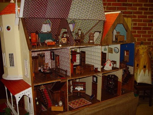 Lots of detail is used when designing the inside of the dollhouse.
