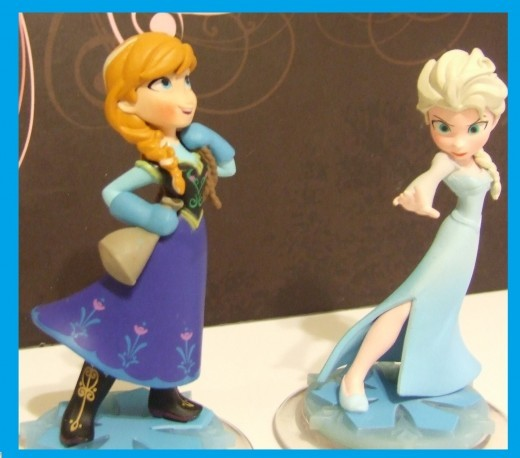 Elsa & Anna Disney Infinity Pack Display.