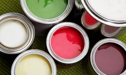 Whether writing about paint or clothes, put the best material in text.