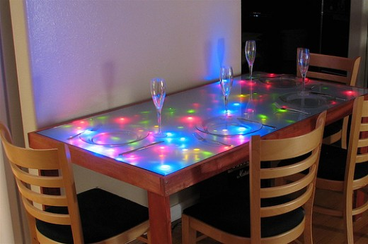 How to choose a wood table - inset lights - Photo by Oskay - flickr