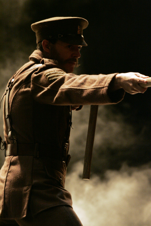 Chiaroscuro in theatre 'War horse'