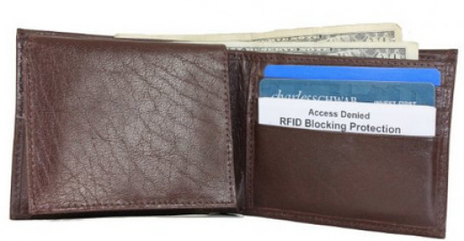 4 1/2 stars mens RFID blocking leather billfold