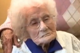 A retired schoolteacher, Besse Cooper, was  one of eight persons verified to have lived to be 116 or older. She was born in 1896,