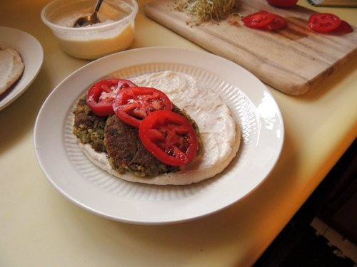 add tomato slices