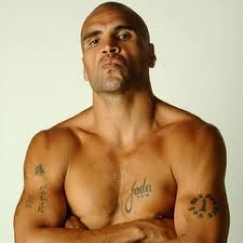 Anthony Mundine has won world titles in the sport of boxing and Rugby. He is one of the few athletes that was able to succeed in boxing after getting a late start.