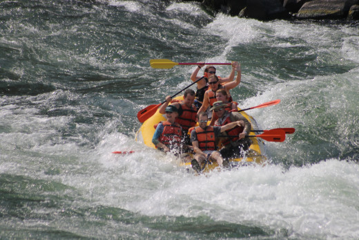 Family river-rafting trip, Deschutes River, Maupin, OR