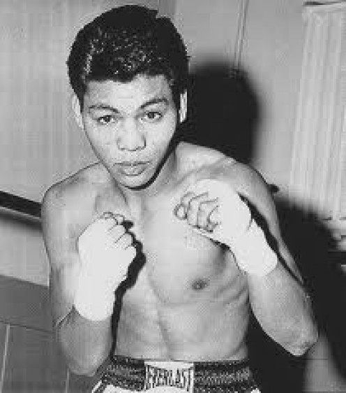 Flash Elorde is a Hall of Fame legend from the Philippines. He took on all comers and usually came out on top with his blend of offense and defense that was superb.
