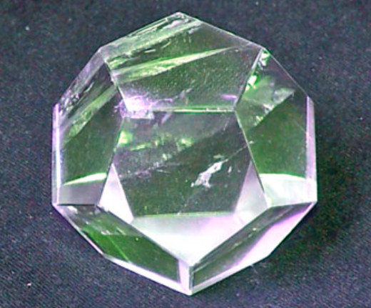 Dodecahedron crystal