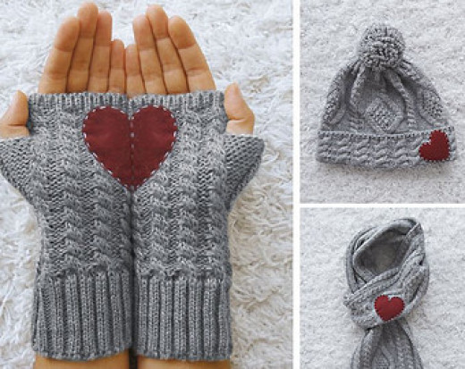 Winter heart accessories
