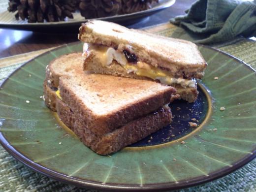 Easy 3 Minute Egg Sandwich