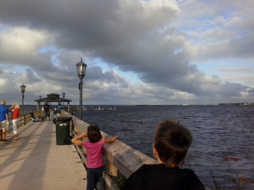 The Saint Johns River and the clouds gave me a beautiful chance to take some mixed landscape/candid photos of the kids