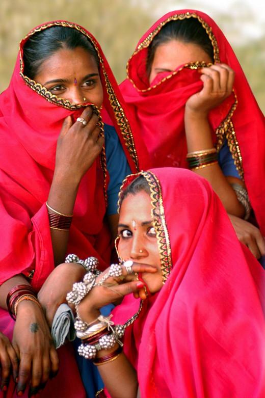"""Hindu women wearing the """"Bindi"""""""