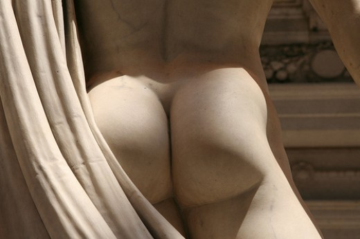 Statue Gluteus Maximus