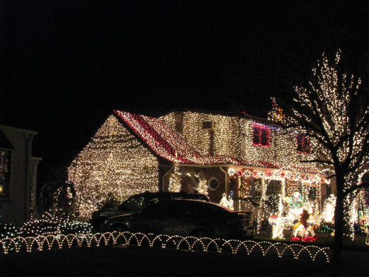 Who can forget Christmas lights on your house?