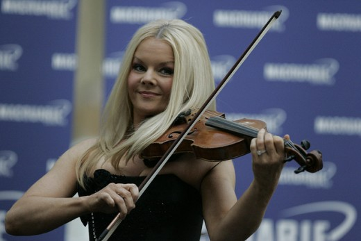 Mairead Nesbitt, Celtic Woman