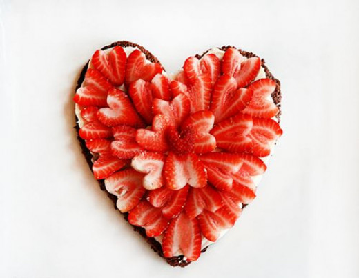 Strawberry and chocolate heart caked