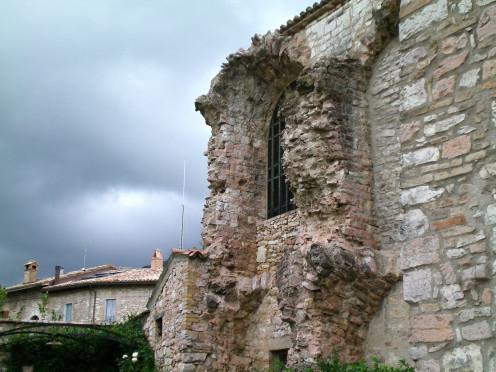 A forgotten ruin (c) A Harrison