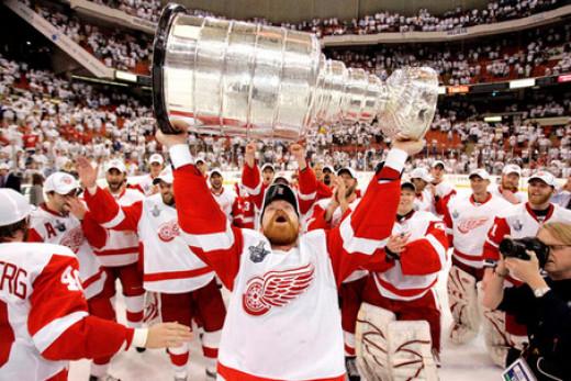 Detroit Red Wings 07-08 Stanley Cup winning team
