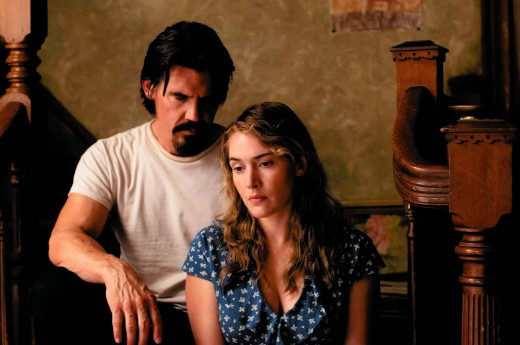 Josh Brolin plays an escaped convict who falls in love with Kate Winslet in the romance movie Labor Day