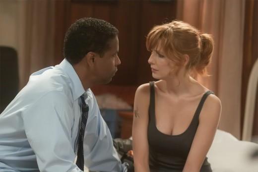 Whitaker (Washington) and Nicole (Kelly Reilly)